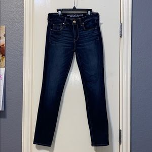american eagle outfitters dark blue jeans